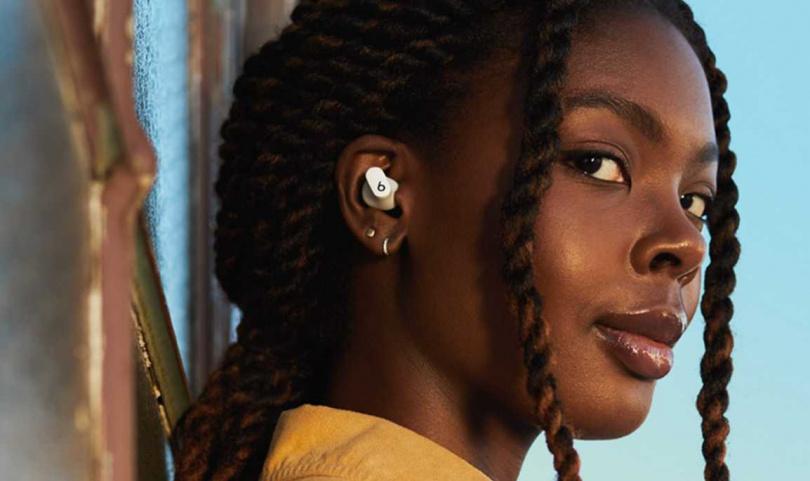 Beats Studio Buds類似於AirPods Pro的入耳式設計,但少了底部的耳機柄。(圖/beatsbydre)