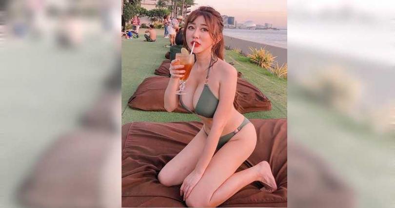 這名正妹經常貼出火辣照片讓網友欣賞。