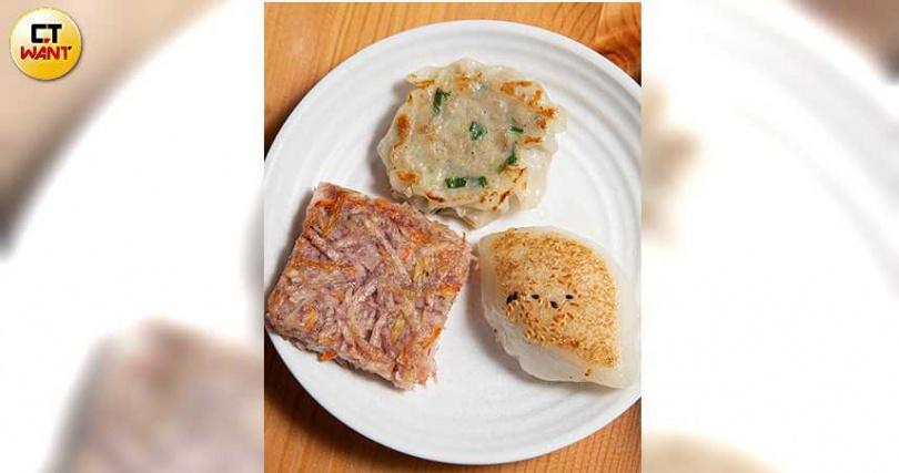 糖伯虎台味港點代表作:香蔥鮮肉煎麻糬、金芋滿堂、花枝餅,都有讓人印象深刻的味道記憶點。(圖/黃耀徵攝)