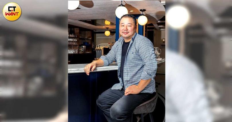 主廚Long Xiong現為Le Blanc牛排館、Salt & Stone義式餐廳的行政主廚。(圖/焦正德攝)