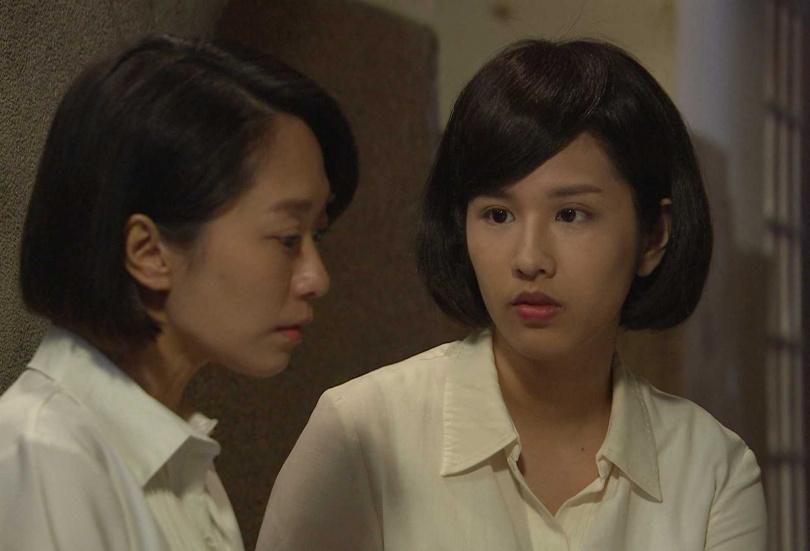 方文琳和林嘉俐演出八點檔《生生世世》,日前一場回憶學生時期的戲,特別找來方文琳的正妹女兒于齊優,以及何依霈分別飾演兩人的學生版。(圖/台視提供)