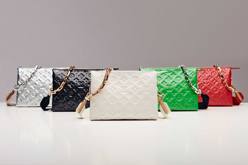 LOUIS VUITTON COUSSIN MM手袋/133,000元;COUSSIN PM手袋/120,000元(圖/品牌提供)