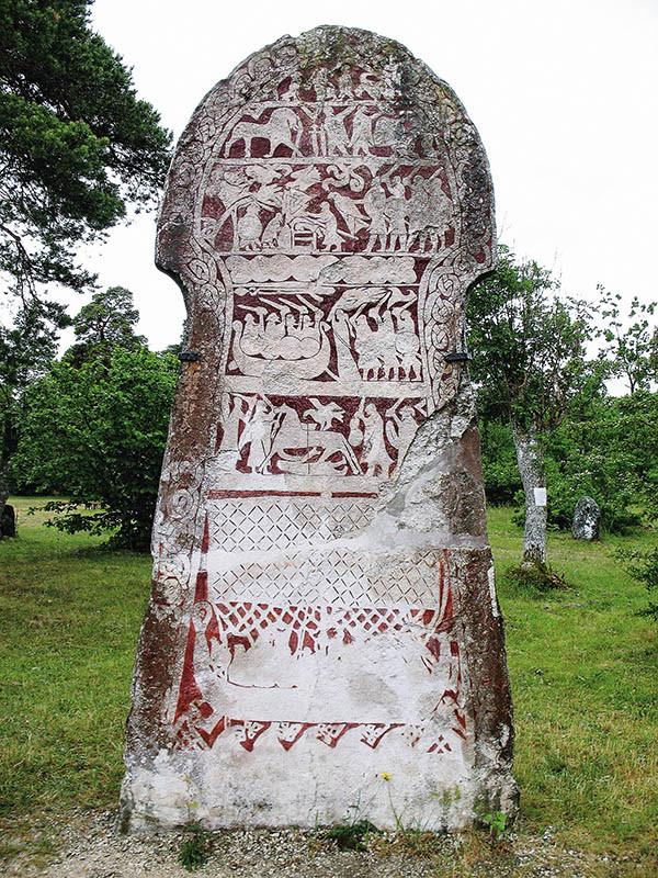 「維京傳奇」的設計靈感,來自瑞典哥特蘭島上的維京遺跡哈馬巨石。(圖/翻攝自維基百科)