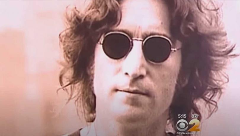 「披頭四」的創始人約翰藍儂遭槍手查普曼槍殺!(圖/翻攝自CBS News)