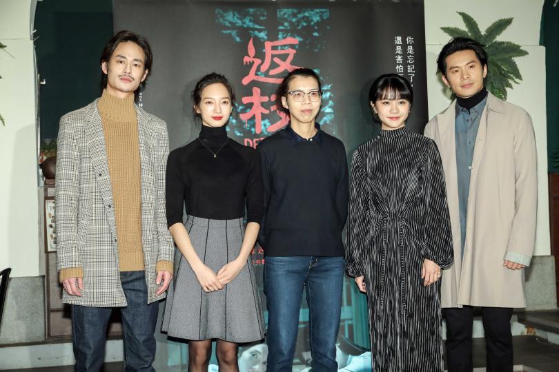 夏騰宏、韓寧、導演蘇奕瑄、李玲葦、姚淳耀出席媒體茶敘。(攝影/張祐銘)