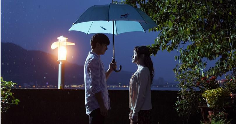 《第九分局》海裕芬(右)與邱澤動人親情故事讓影迷淚崩。(圖/甲上娛樂提供)