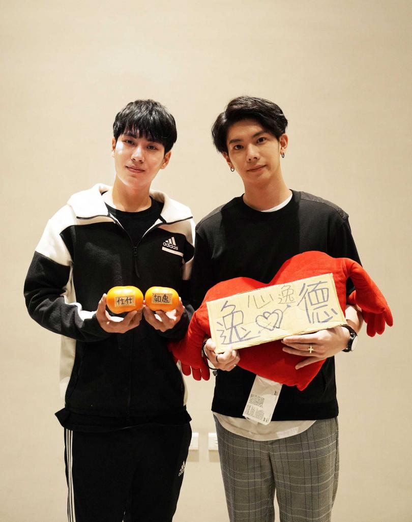 林子閎(左)、楊宇騰首度挑戰男男戀。(圖/結果娛樂提供)