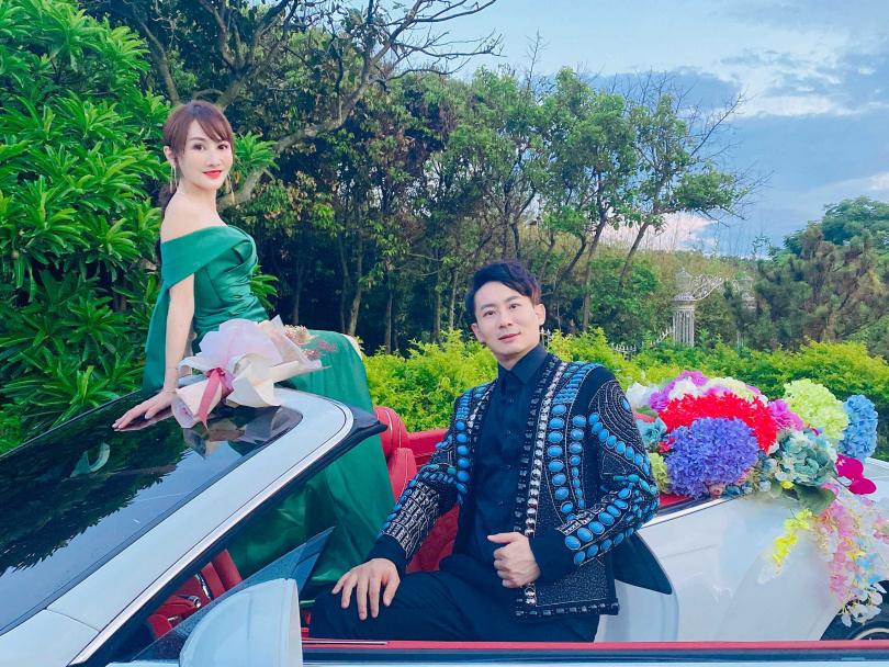 王宥忻分享10年婚姻最大的成就,除了一雙兒女乖巧懂事,和老公的感情也非常甜蜜。(圖/固力狗提供)