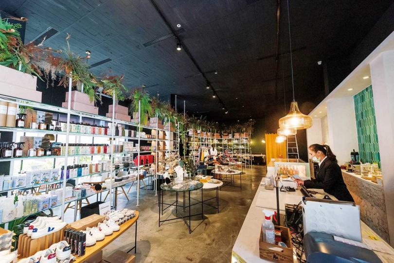 實體的展示店,讓客人可以直接感受各式生活好物。(圖/張祐銘攝)
