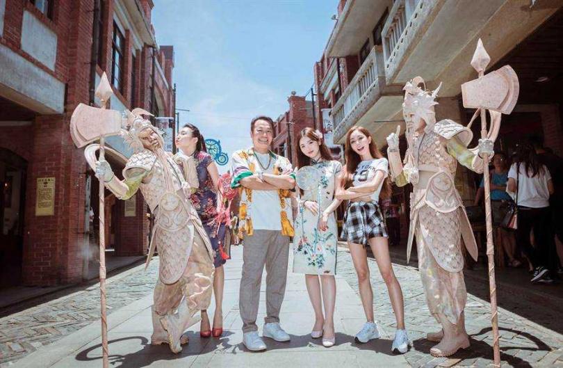 王欣晨和張克帆隨節目赴宜蘭遊玩。(圖/歆動音樂提供)