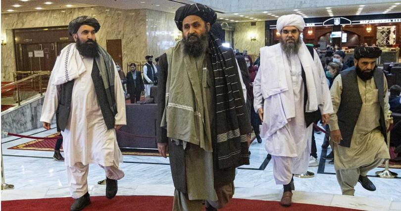 塔利班再次掌權,掀起阿富汗難民逃亡潮。(圖/達志/美聯社)
