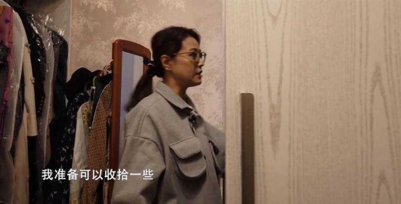 「不老女神」周海媚北京豪宅藏「巨型衣帽間」如迪士尼城堡。(圖/西瓜視頻@周海媚)