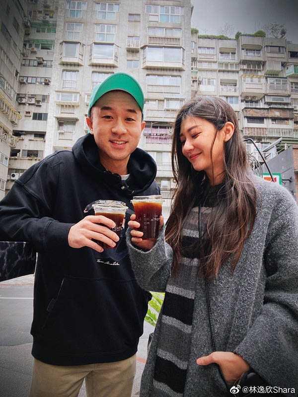 林逸欣和Sam Lin不僅是商業合作關係,私下也常相約出遊,交情不錯。(圖/翻攝自林逸欣微博)