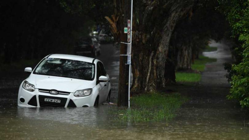 這場過大、過急的暴雨釀成新南威爾斯多處淹水災情。(圖/The New Daily)