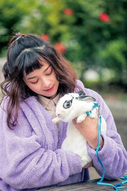 如願以償收養兔子的蔡祥表示,之後若有機會還想再增加成員。(圖/張祐銘攝)