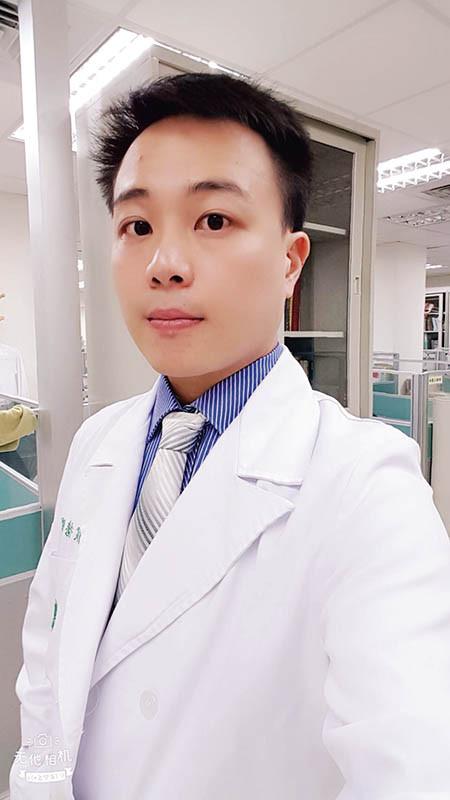亞東醫院成癮醫學中心主任侯德斌醫師