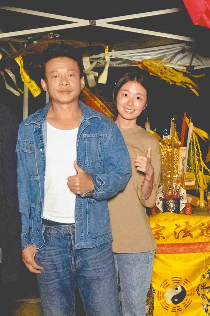 李康生(左)和許安植因拍片培養出好情誼。(圖/華影國際提供)