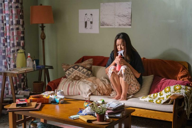 梁靜茹MV邀金獎寵兒大霈跨刀,詮釋失戀在疫情蔓延時的防疫在家自我療程紀實。