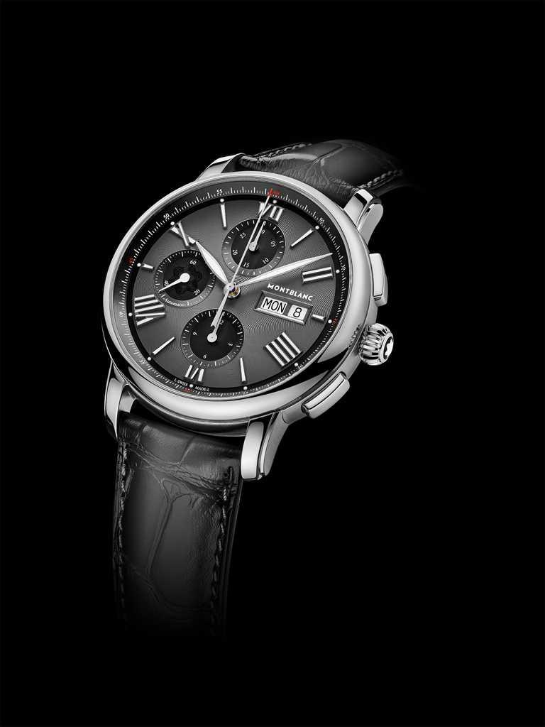 MONT BLANC「Star Legacy明星傳承」系列,星期日期顯示計時腕錶,棕色鱷魚皮錶帶╱150,500元。(圖╱MONT BLANC提供)
