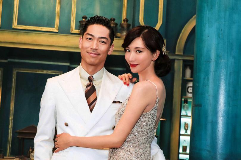 去年6月6日林志玲閃電宣布與AKIRA結婚,同年底在台南舉行婚宴。(圖/翻攝自網路)