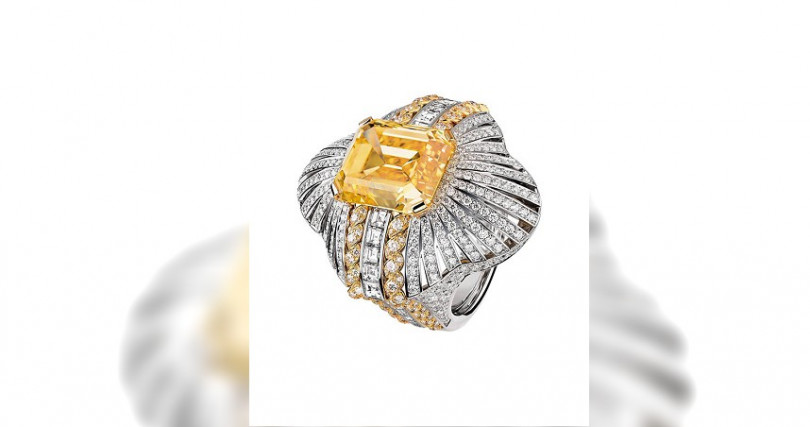 ChanelMedaille Solaire戒指/104,683,000元(圖/Chanel提供)