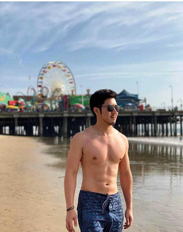 趙國翔身材壯碩,曾在IG分享他的猛男系列照。(圖/翻攝自趙國翔IG)