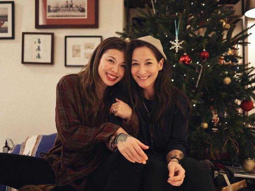 王曼喜和Elaine將於明年在美國完婚。(圖/翻攝自IG/kaylaiw)