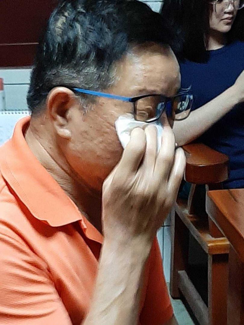 許富凱的爸爸看到兒子得獎的瞬間,立刻痛哭流涕。(圖/凱聲影藝提供)
