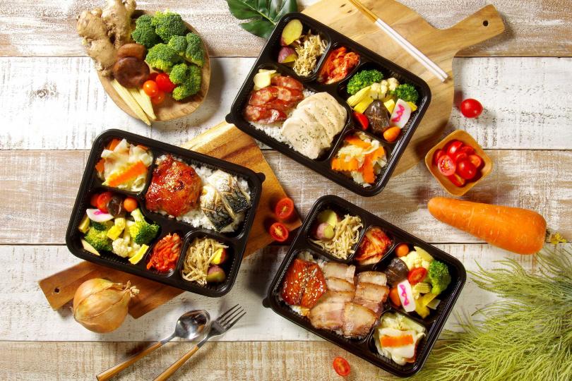 華山町研發三款雙主菜便當,需2日前預訂。(圖/天成飯店集團)
