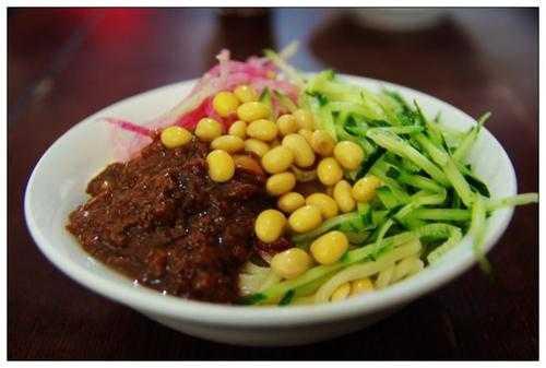姚記炒肝的炸醬麵。(圖/百度)