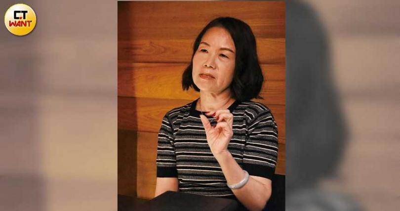 漢唐前董座遺孀李惠文,不滿被無預警撤換職位,以公司治理透明化作為爭取經營權的訴求。(圖/趙世勳攝)