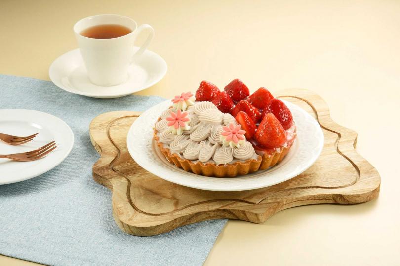 鮮莓芋花園雙享派。(圖/亞尼克提供)