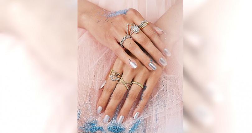 HEARTS ON FIRE與Hayley Paige聯名設計的鑽戒,單款各有特色,混搭能展現更多的美妙變化。
