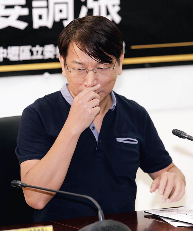 時力立院黨團總召徐永明,在黨內被歸類與黃國昌同一派系。