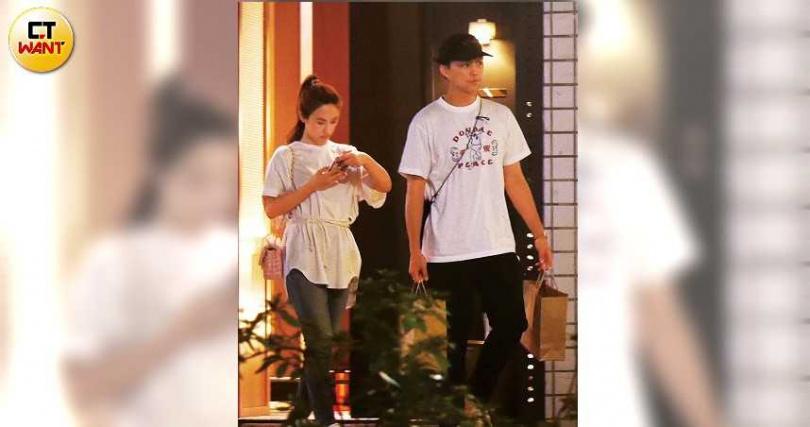 雖然感情穩定,但吳姍儒被拍到和CEO男友約會時,都保持一定的距離。(圖/本刊攝影組)