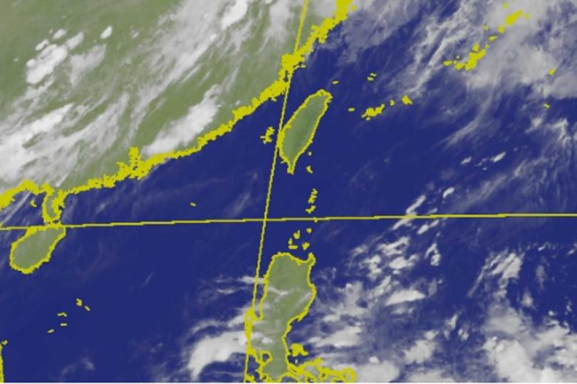 菲律賓東方海面目前有較多熱帶雲系活動,至於是否會發展成熱帶系統,則需要繼續觀察。(圖/翻攝自氣象局)
