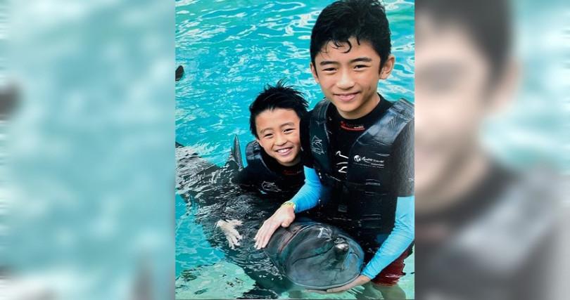 ㄒ張柏芝12歲的長子驚傳受訪時怨懟父親謝霆鋒,並表示:「我跟弟弟很少能看見他。」(圖/翻攝自張柏芝IG)