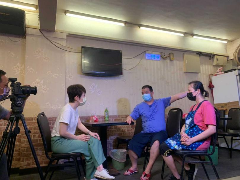 陳雅琳揭開外界所不知的茶室面貌。(圖/華視提供)