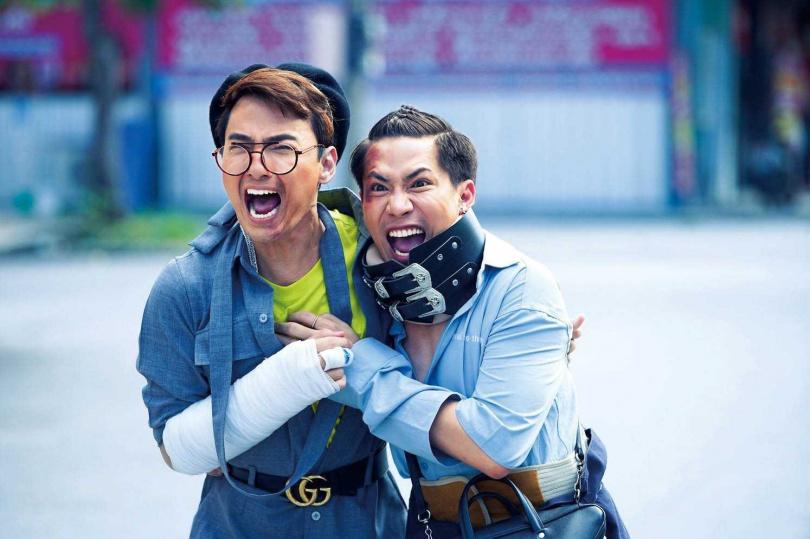 James(左)和Aim Aue(右)聽信傳說逃出寺廟後,衰事連連。(圖/威視提供)