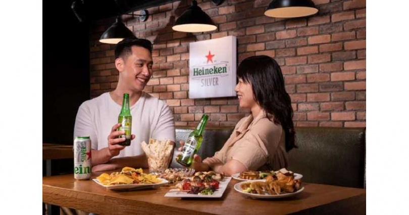 超過六成國人喜飲清爽型拉格啤酒,海尼根Silver星銀啤酒帶來極致清爽、一喝就愛的全新體驗,一舉攻陷啤酒鐵粉與年輕潮人的心佔率!