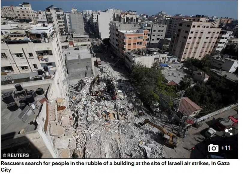 民宅大樓遭轟炸夷為平地。(圖/翻攝自Dailymail)