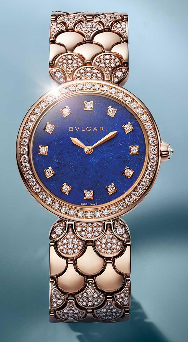 BVLGARI「Divas' Dream」珠寶腕錶,青金石款,33mm,玫瑰金錶殼,石英機芯,鑽石433顆╱1,523,000元。(圖╱BVLGARI提供)