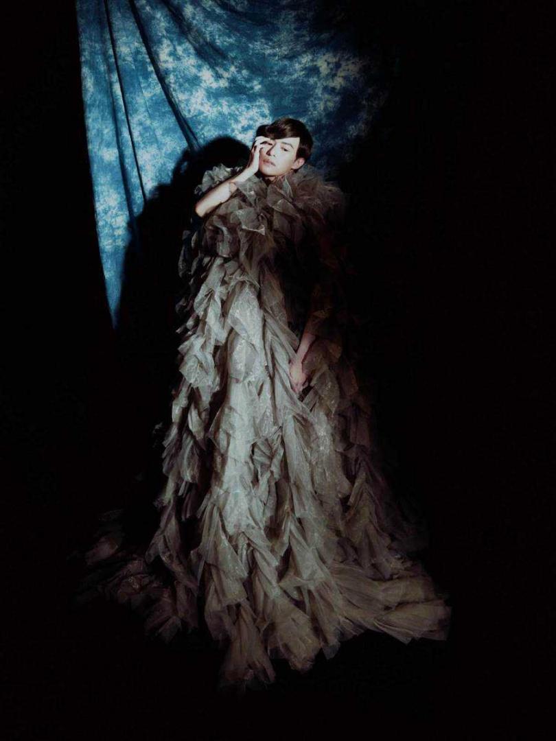 林語菲穿著女神卡卡的愛牌服裝,飄出仙氣。(圖/菲常動人音樂)