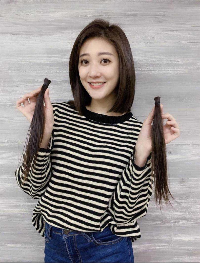 林逸欣為新造型剪去留了5年的長髮。(圖/旋轉娛樂提供)