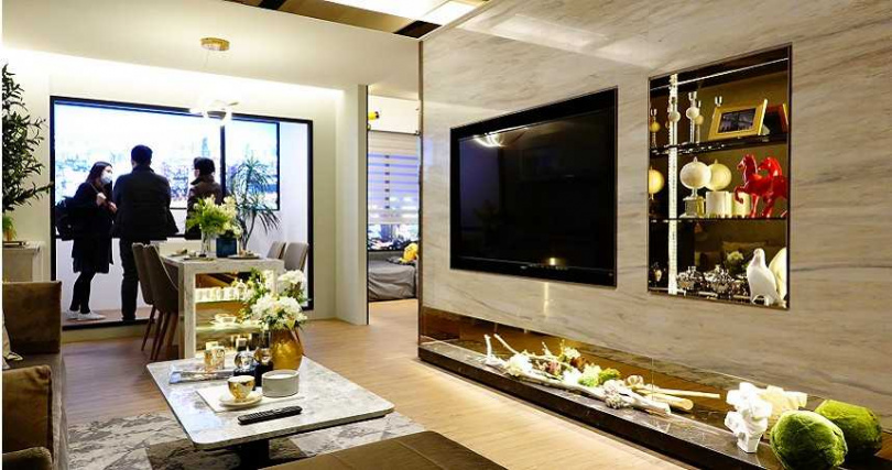 台中七期多為百坪豪宅少有30坪左右低總價的小宅房型,因此該案受到矚目。(圖/業者提供)