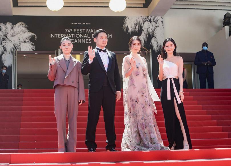 《Drive My Car》劇組三浦透子(左起)、導演濱口龍介、霧島麗香、袁子芸。