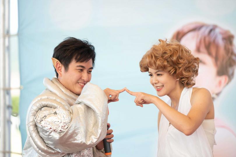 黃靖倫與林柏妤搭檔。(圖/TVBS提供)