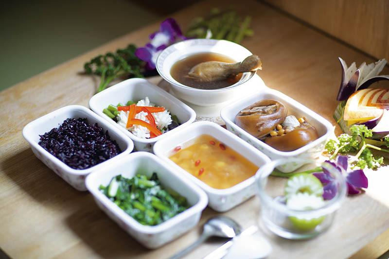 璽悅的月子餐講究營養均衡,與知名店家合作。(圖/璽悅提供)