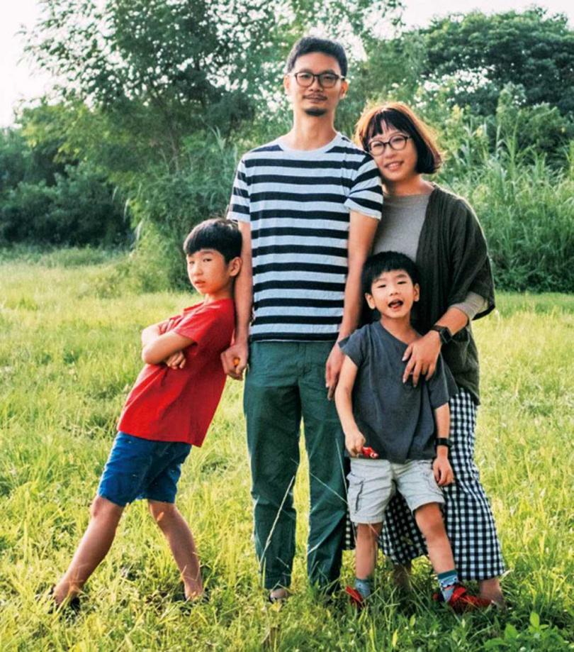 41歲的波麗露露4年前確診乳癌,治療後又面臨復發轉移,面對病魔威脅,全家人雖然哭過、怨過,但仍積極向前走。(圖/波麗露露提供)
