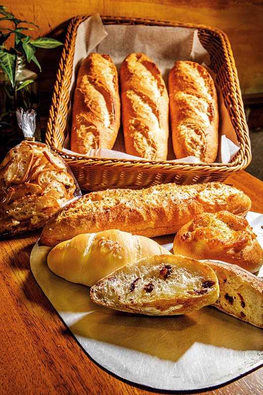 嘛嚕胖的天然酵母麵包,深受中和的地方媽媽喜愛!(40~50元)(圖/焦正德攝影)